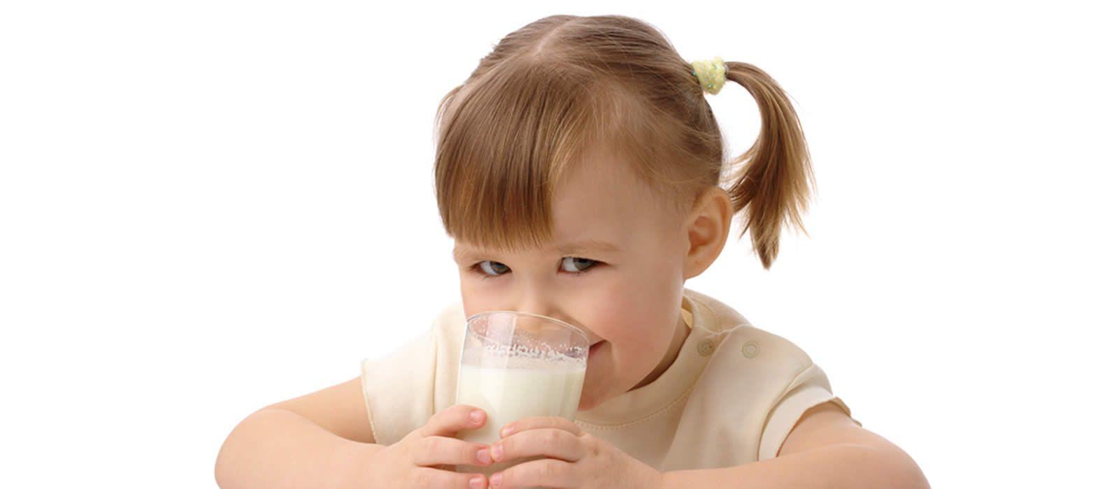 ¿La leche produce mocos en los niños?