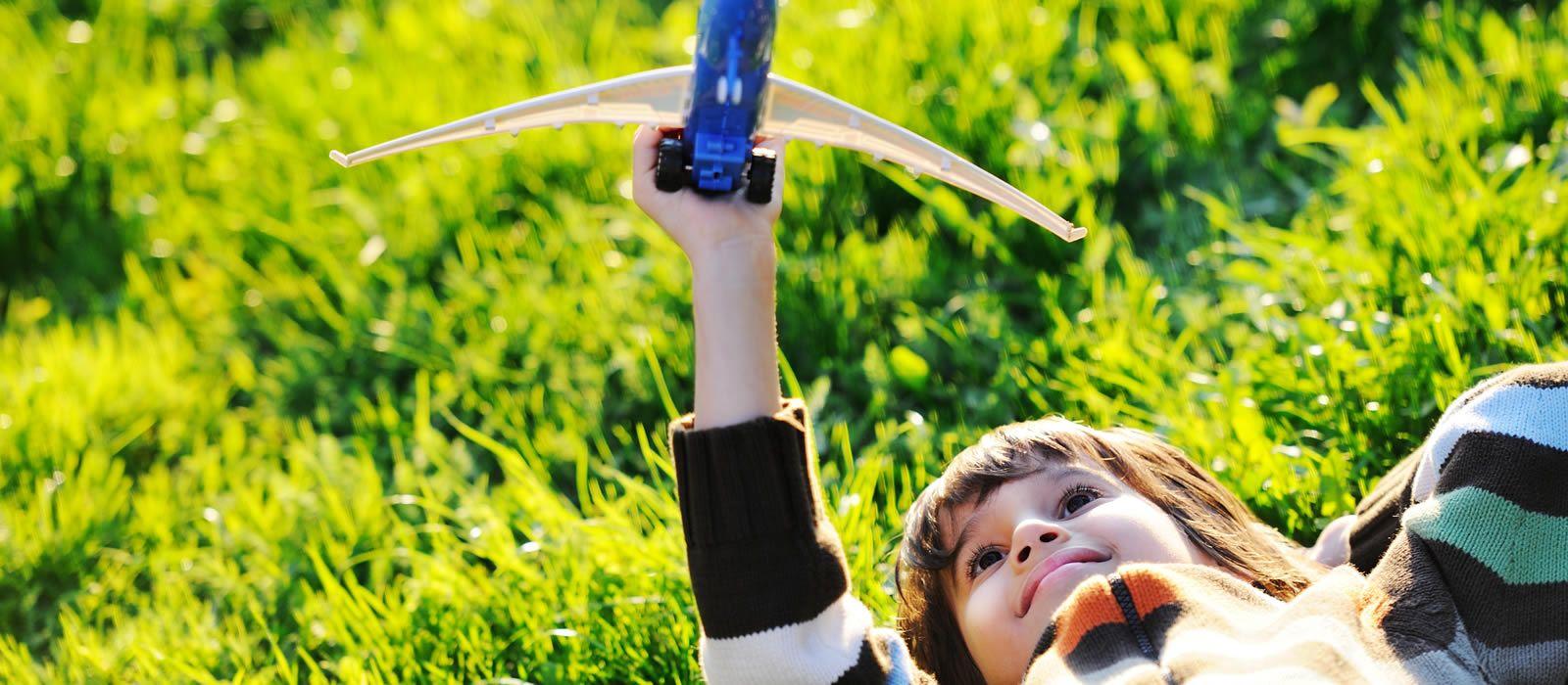 Alergia al polen en niños: síntomas, tratamientos y cómo evitar su exposición